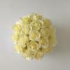 Kép 2/3 - Illatos rózsabox krémszínű- 18 szálas