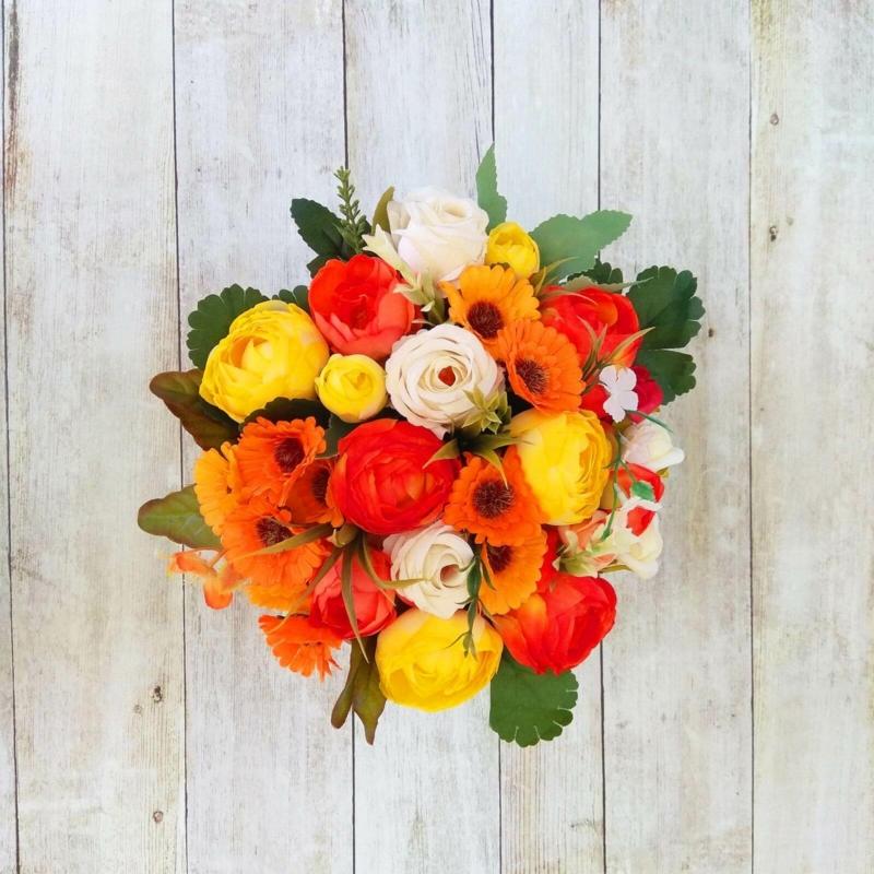 Narancssárga virágbox